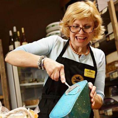 Juustude degustatsiooniõhtu: juustud, vein ja fondüü >> 16. märts 2021 (eesti keeles)